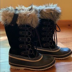 Sorel Joan of Artic cold weather boots